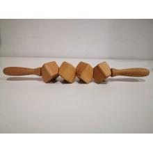 Quatro baldes de rolo para tratamento de madeira